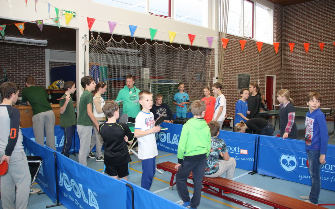 Kindertafeltennisfeest al over de helft